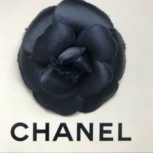Auth CHANEL Navy Blue Satin Camellia Brooch pin